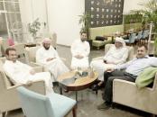 سياسي جنوبي يكشف تفاصيل زيارة الزبيدي الى الرياض