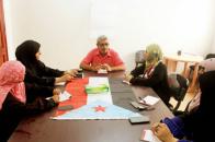أمين صالح يؤكد على تعزيز دور المرأة في إطار المجلس الانتقالي.