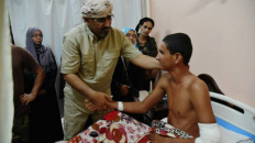 رئاسة المجلس الانتقالي بقيادة الزبيدي تزور جرحى الإرهاب بمستشفيات عدن