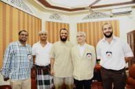 نائب رئيس الانتقالي الجنوبي يلتقي فريق الصليب الأحمر الدولي