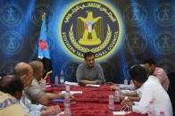 الأمين العام للمجلس الانتقالي الجنوبي يلتقي القيادتين المحليتين للمجلس في حضرموت والضالع