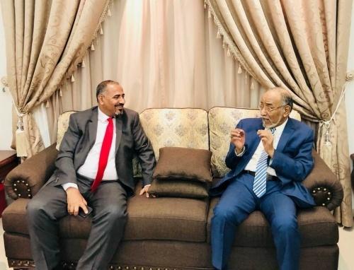 الرئيس الزُبيدي يستقبل السيد الجفري