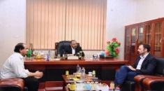 الرئيس الزُبيدي يستقبل السيد روبرت جور أونس رئيس منظمة «أطباء بلا حدود» في اليمن