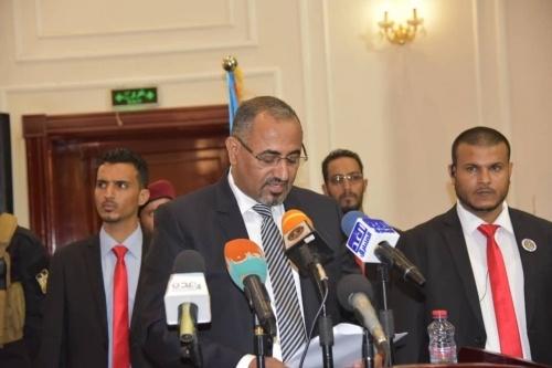الرئيس الزُبيدي يبارك انعقاد الدورة الأولى للجمعية الوطنية للمجلس الانتقالي الجنوبي (نص كلمة الرئيس)