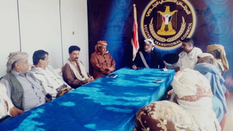 رئيس انتقالي شبوة يواصل عقد اللقاءات التشاورية مع الشخصيات الاجتماعية في المحافظة
