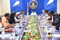 الرئيس عيدروس الزُبيدي يلتقي نقابات المعلمين الجنوبيين ويشدد على ضرورة تلبية مطالبهم