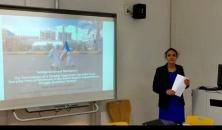 الرئيس الزُبيدي يهنئ مديرة مكتب الانتقالي في برلين لنيلها درجة الدكتوراة في مفهوم المقاومة الجنوبية.