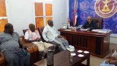 رئيس انتقالي حضرموت يلتقي رؤساء الجمعيات السمكية