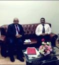 رئيس القيادة المحلية لإنتقالي العاصمة عدن يلتقي المدير التنفيذي لمطابع الكتاب المدرسي