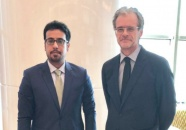 نائب رئيس الإدارة العامة للشؤون الخارجية يلتقي السفير الفرنسي لدى اليمن