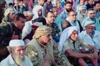الرئيس الزُبيدي يؤدي صلاة عيد الفطر مع جموع المصلين بمدينة الضالع