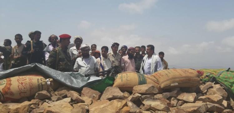 رئيس انتقالي لحج يتفقد القوات المرابطة في جبل قرين الاستراتيجي بالمسيمير