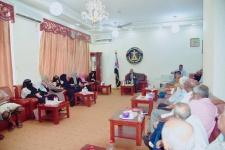 الرئيس الزُبيدي يلتقي بقيادة وأعضاء نقابة المهندسين والنقابات المهنية في الجنوب
