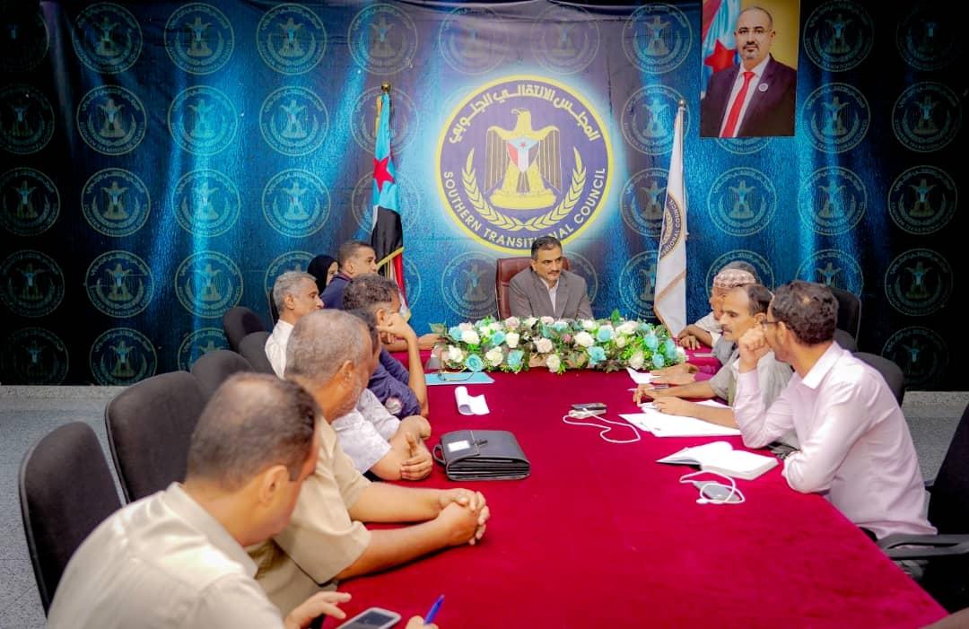 الأمين العام يلتقي عدداً من رؤساء النقابات العمالية الجنوبية
