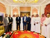 الرئيس الزُبيدي يلتقي أعضاء تحالف القوى الوطنية الجنوبية