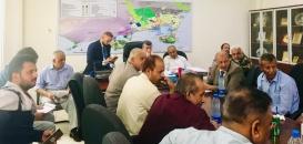 بحضور الوالي.. الغرفة التجارية تناقش حلحلة الاشكاليات التي تواجه حركة التجارة بالعاصمة عدن