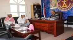 رئيس انتقالي حضـرموت يلتقي المناضل باشادي عضو الجمعية الوطنية