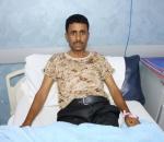 دائرة الشهداء والجرحى تساهم في علاج الجريح الأحمدي بعد معاناة دامت سنوات