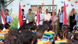 قيادة انتقالي المعلا تواصل حملة رفع العلم وترديد النشيد الجنوبي في مدارس المديرية
