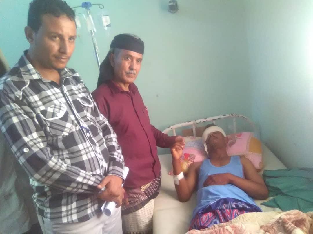 العميد الحوتري يتفقد جرحى القوات الجنوبية من أبناء أحور في مستشفيات العاصمة عدن