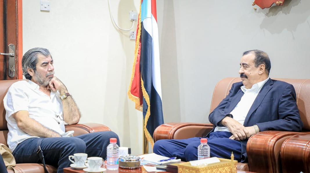 رئيس الجمعية الوطنية يلتقي مدير مكتب المبعوث الأممي بالعاصمة عدن