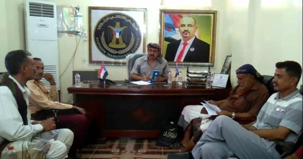 رئيس انتقالي لحج يناقش مع رئيسي قيادتي الانتقالي بردفان وكرش جُملة من الجوانب التنظيمية