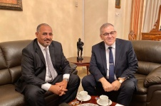 الرئيس القائد عيدروس الزُبيدي يلتقي سفير روسيا الاتحادية لدى الإمارات والوفد المرافق له