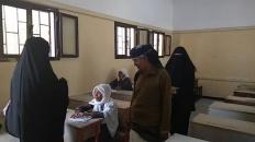 رئيس انتقالي أبين يتفقد سير الامتحانات الفصلية في عدد من مدارس زنجبار