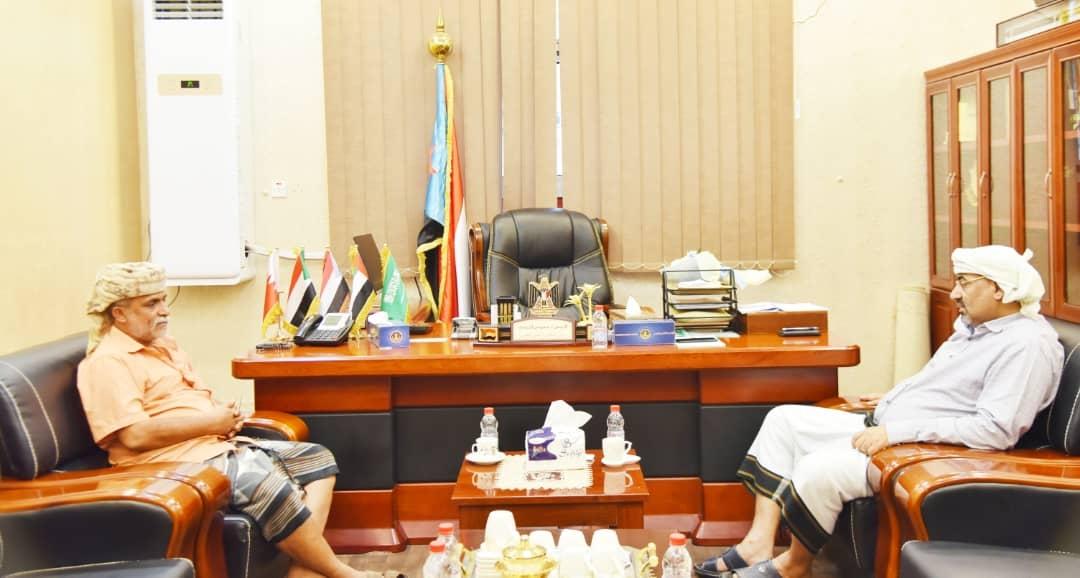 الرئيس الزُبيدي يلتقي رئيس التكتل القبلي لأبناء الصبيحة