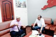 اللواء بن بريك يلتقي الشخصية الوطنية والاجتماعية السيد علي الجنيدي