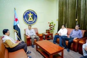 لملس يبحث مع المدير الإقليمي لمؤسسة زايد للأعمال الخيرية سُبل التعاون الإنساني