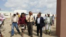 """بالتنسيق مع قيادة الانتقالي.. منظمة """"اليونبس"""" تدشن المرحلة الأولى من مشروع رصف حرم جامعة أبين"""