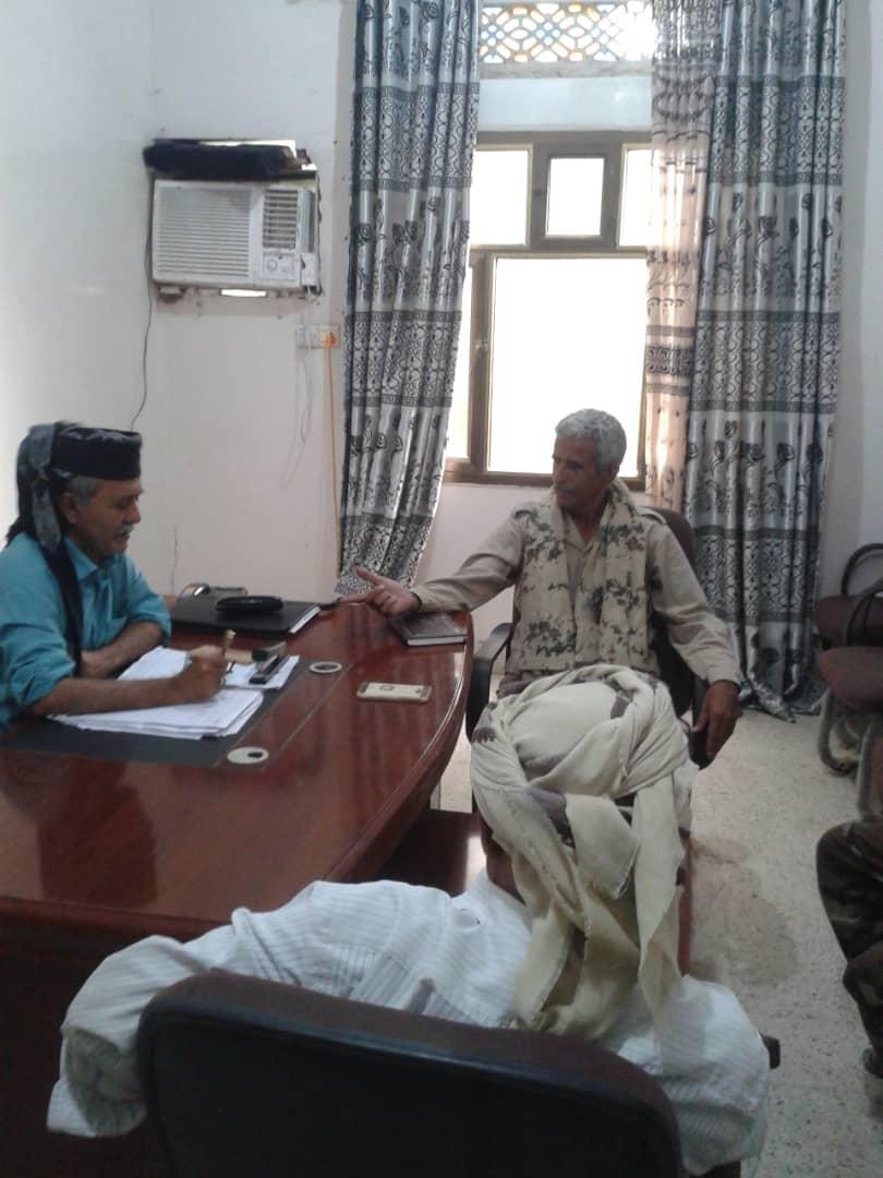 الحوتري يناقش مع قائد اللواء 14صاعقة عملية التنسيق بين الوحدات العسكرية الجنوبية بأبين