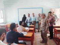 رئيس انتقالي الضالع يتفقد سير امتحانات الفصل الأول في كلية المجتمع