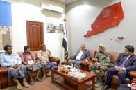 اللواء بن بريك يناقش مع قائد الحزام الأمني بلودر الأوضاع الأمنية بالمديرية