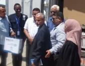 """لجنة مجابهة """"كورونا"""" بالمجلس الانتقالي تُسلم عددا من الأجهزة الطبية والوقائية لمحجر الأمل الصحي بالبريقة"""