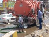 لجنة الإغاثة بانتقالي المنصورة تستكمل شفط مياه الأمطار من شوارع وأحياء المديرية