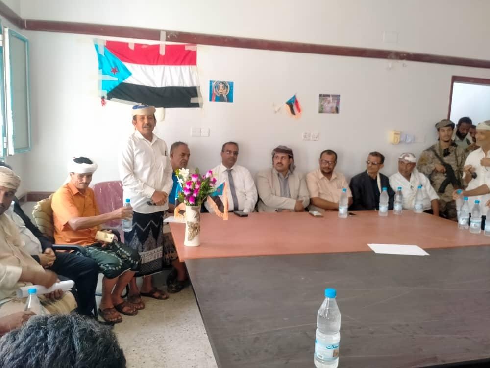 رئيس انتقالي لحج يلتقي أبناء الصبيحة ويؤكد بأنهم صمام أمان المحافظة والجنوب عامة