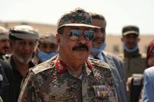 اللواء بن بريك يؤكد دعم المجلس الانتقالي لجهود وقف إطلاق النار والاحتكام إلى طاولة المفاوضات