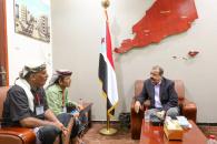 اللواء بن بريك يناقش مع مدير عام المضاربة ورأس العارة ومدير أمنها الأوضاع العامة بالمديرية