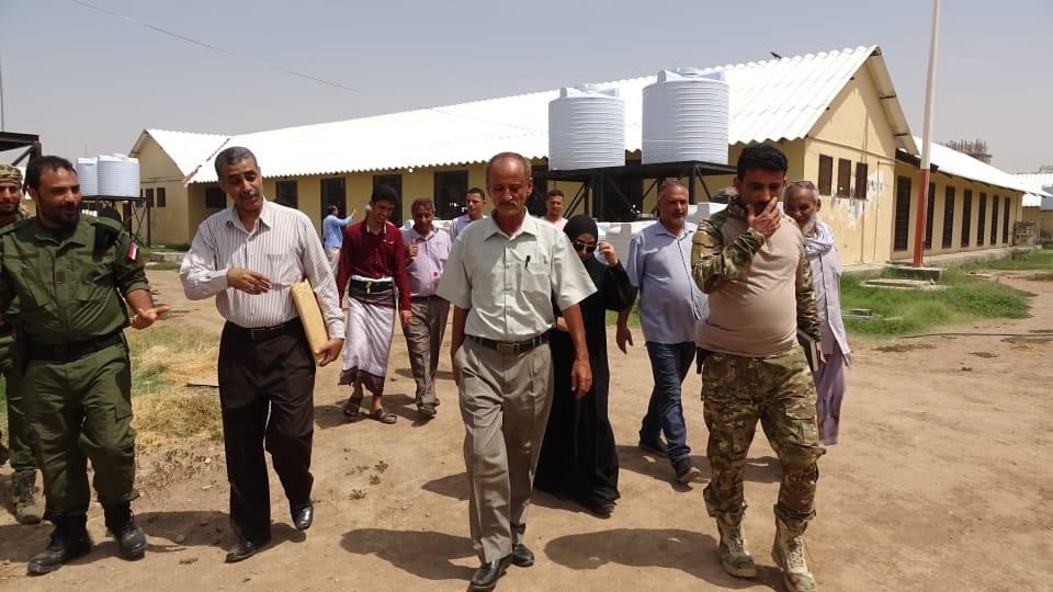 لجنة متابعة أوضاع السجون تدشن برنامج عملها بنزولٍ ميداني إلى السجن المركزي بالعاصمة عدن