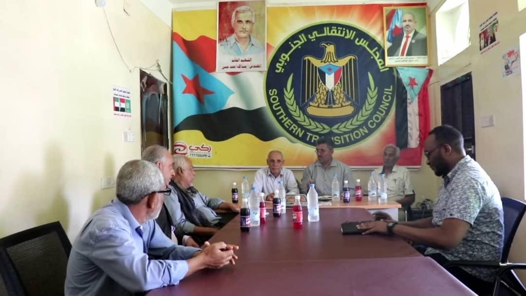 رئيس انتقالي الضالع يلتقي رئيس منظمة أطباء بلا حدود الفرنسية