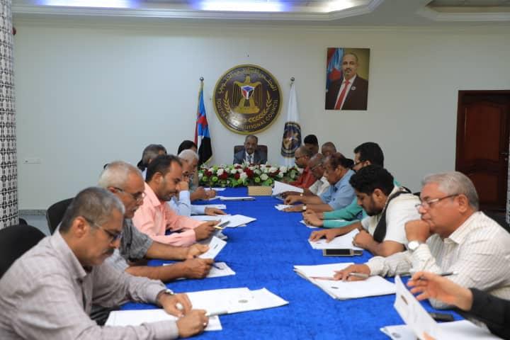 الأمانة العامة تستعرض تقرير المشهد السياسي وتقف على أداء دائرة الشؤون الاجتماعية
