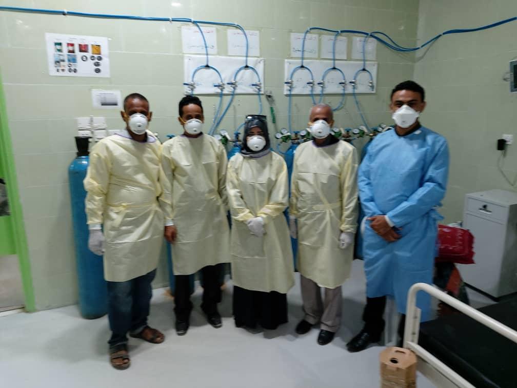 سوقي والشبحي يتفقدان سير العمل في مركز العزل بمستشفى الجمهورية