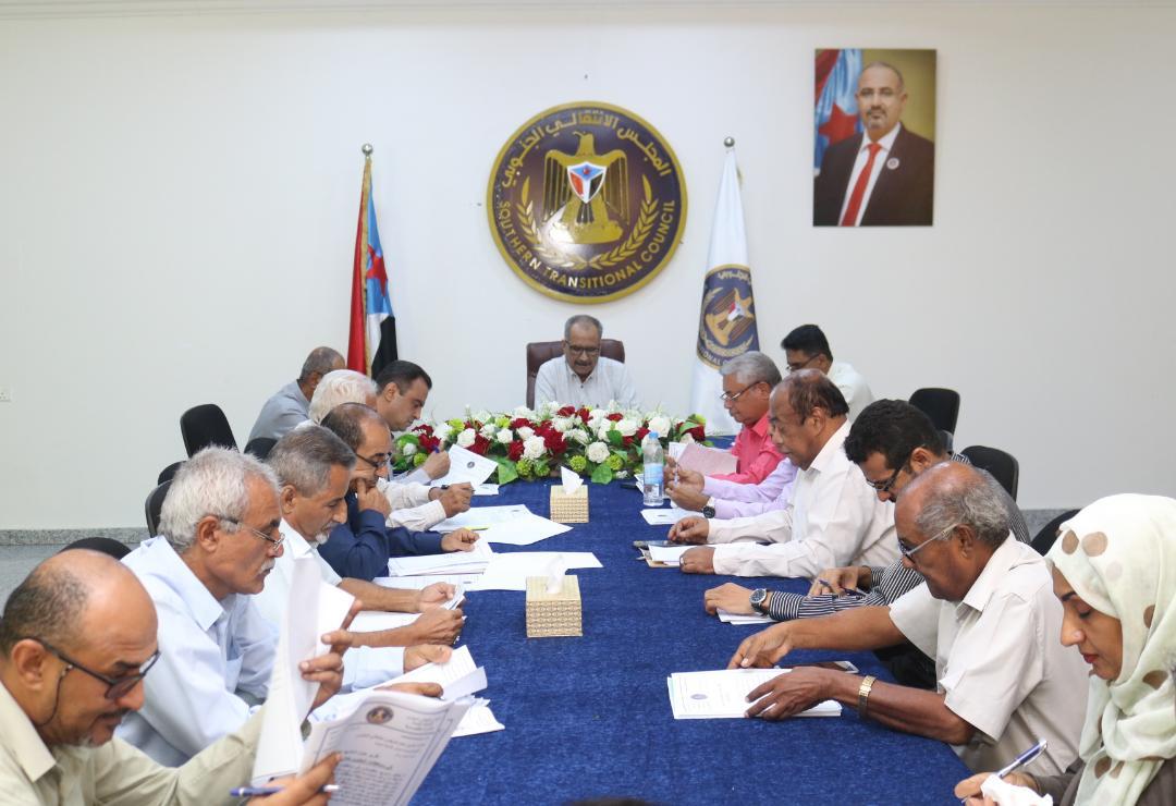 الأمانة العامة تعقد اجتماعها الدوري وتشيد بنجاح فعالية 14 أكتوبر والإنجازات الأمنية لنقطة دوفس