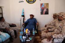 رئيس انتقالي سقطرى يطّلع على احتياجات كتيبة عبدالكوري وسمحة ويوجه بتأهيل أفرادها