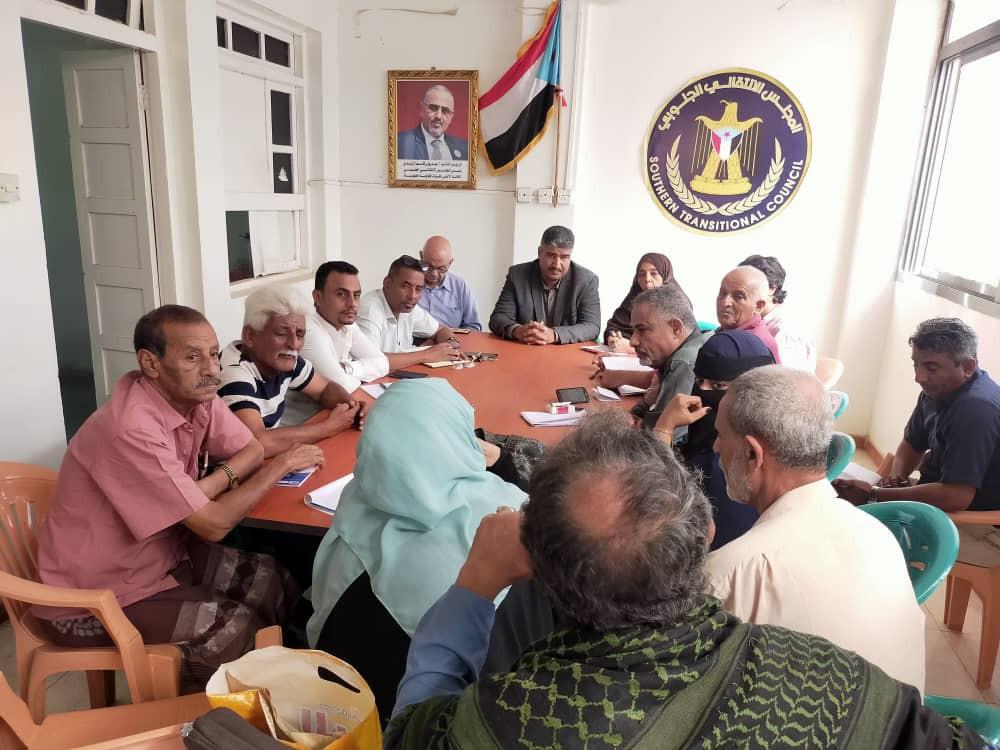 نزار هيثم يدشن برنامج لقاءاته مع الهيئات التنفيذية في مديريات العاصمة عدن