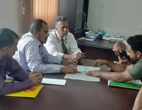 نائب رئيس تنفيذية انتقالي صيرة يتفقد سير العمل بمكتب الأشغال العامة بالمديرية