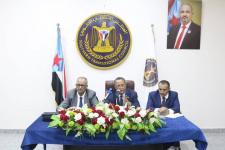 الدكتور الخبجي يلتقي برؤساء دوائر الأمانة العامة وكادرها ويتفقد سير العمل فيها