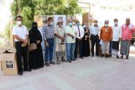 انتقالي حضرموت يدشن توزيع منحة الرئيس الزُبيدي على مراكز العزل الصحي بالمحافظة